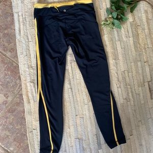 Lululemon 🍋 Yoga Pants - Navy & Yellow - Size 6